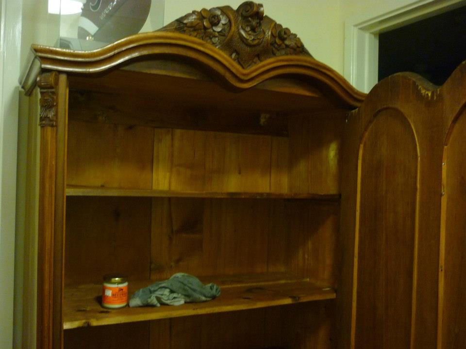 French-cupboard-2